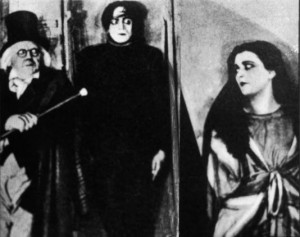 Doktor Caligari a jeho hlavní atrakce, somnambul Cesare.