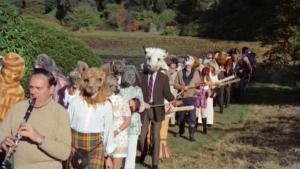Taky vás tak znepokojují lidé ve zvířecích maskách?