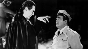 Nejen, že potkali Frankensteinovo monstrum, ale také Draculu v podání Bely Lugosiho.