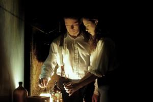 Florence Cathcart a její milec Robert Mallory.