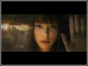 Úvodní scéna oplývá jistou poetikou, nejspíš hlavně díky krásné Lauren German.