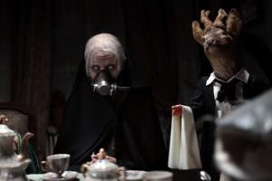 Bělooká čarodějnice vypadá konvenčně, ale scény s vycpanými zvířaty považuji za neuvěřitelně dobré.