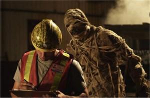 Mumie se představuje.