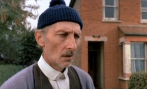 Vážně je to Peter Cushing.
