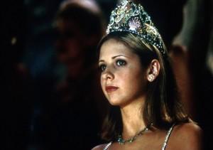 Buffy je hotová královna krásy.