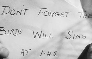 Zase jeden z dopisů v Hitchcockových filmech.