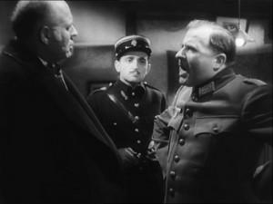 Hitchcock uměl i vojenské filmy.