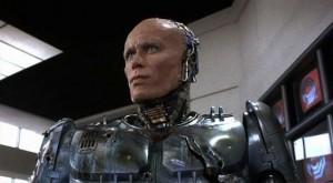 Robocop, odmaskovaný.