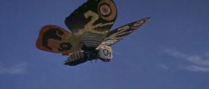 A tohle už je letící krasavice Mosura.