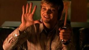 ...dělal triky s nožem.