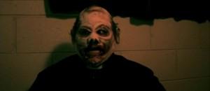 Výborná halloweenská maska.