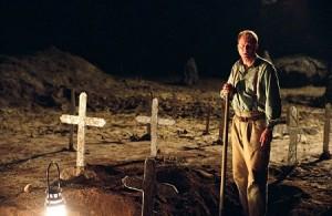 Kněz musí kopat i hroby.