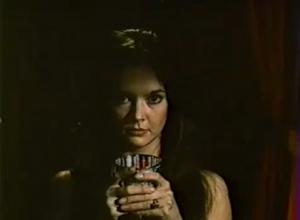 Jen se napij, děvenko.