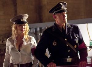 Dobrá uniforma pro ženy.