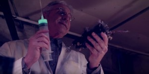 Divný šílený vědec.