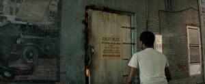 Co je za dveřmi?