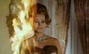 Ale plameny byly její smrt.