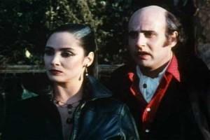 Přišel i Dracula jak na maškarní.