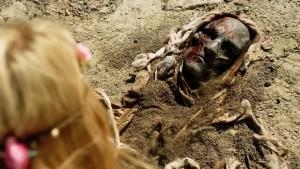 A ksicht v písku.